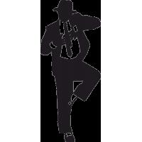 Танцующий Майкл Джексон с поднятой ногой