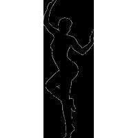 Девушка во время танца